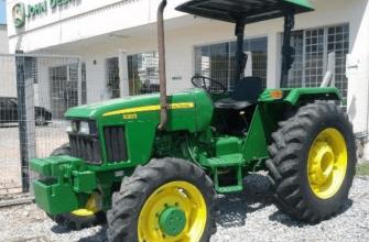 Trator John Deere 5303 4x4